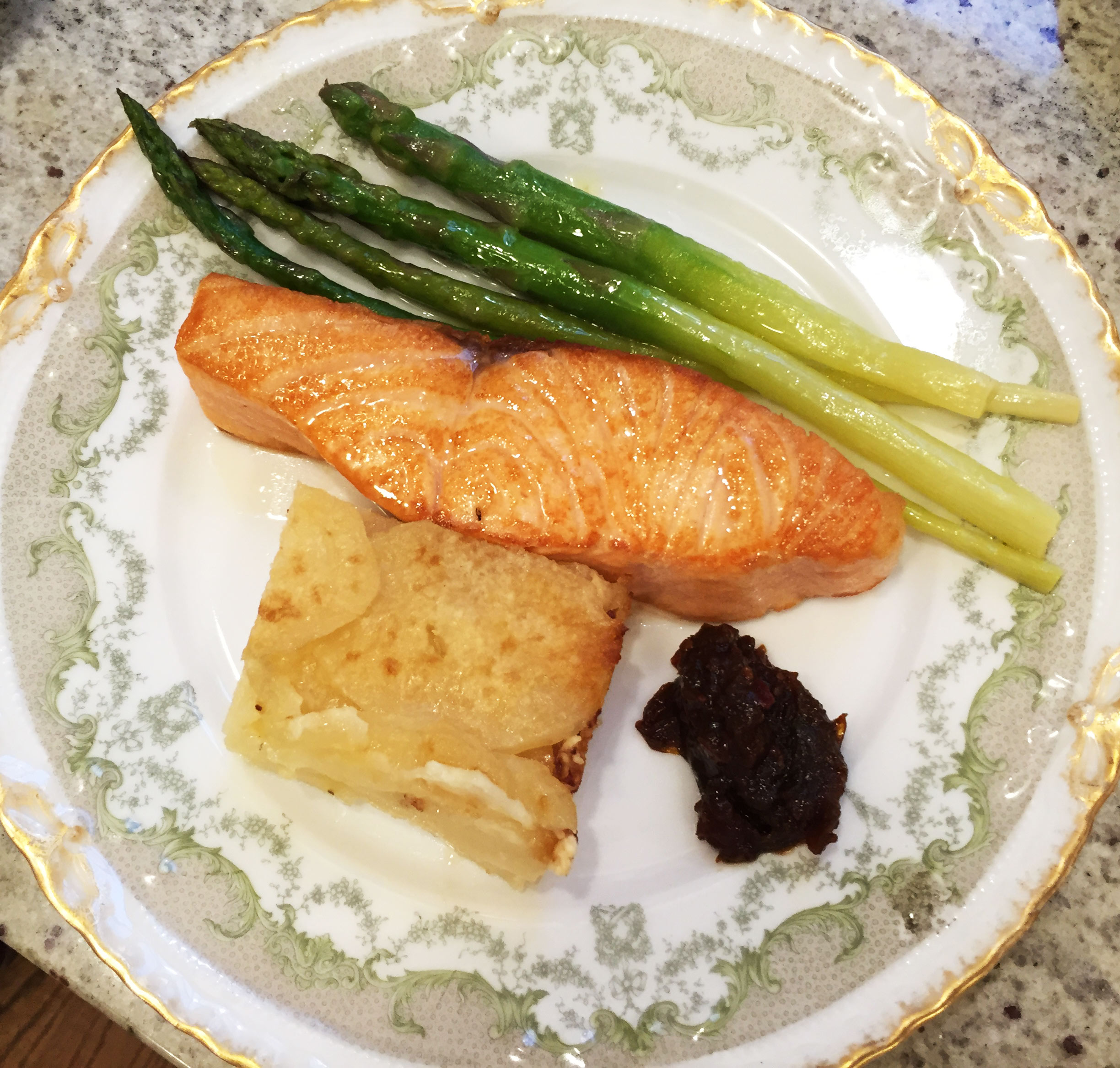 Salt Seared Salmon with Fresh Asparagus, Potato Gratin & Chutney