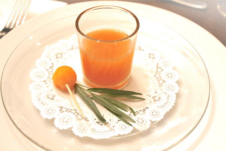 Tarragon Flavored Cantaloupe Juice